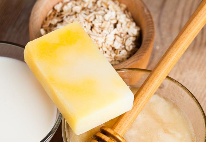 How to Make Honey & Oatmeal Soap
