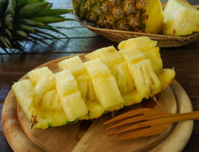 Side Effects of Bioflavonoid Quercetin & Bromelain