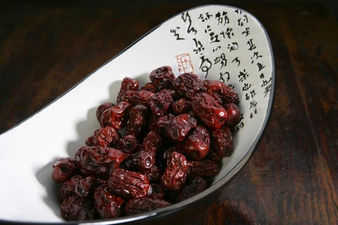 How to Reconstitute Dried Fruit