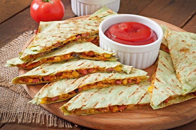 How Do I Cook Chicken Quesadillas Like Mexican Restaurants?