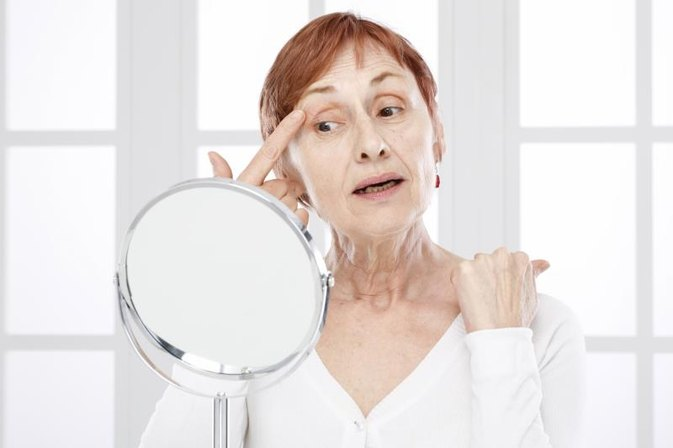 How to Avoid Wrinkles Around the Eyes