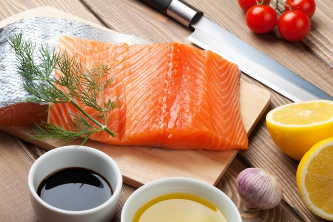 What Are the Health Benefits of Eating Fresh Vs. Frozen Fish?