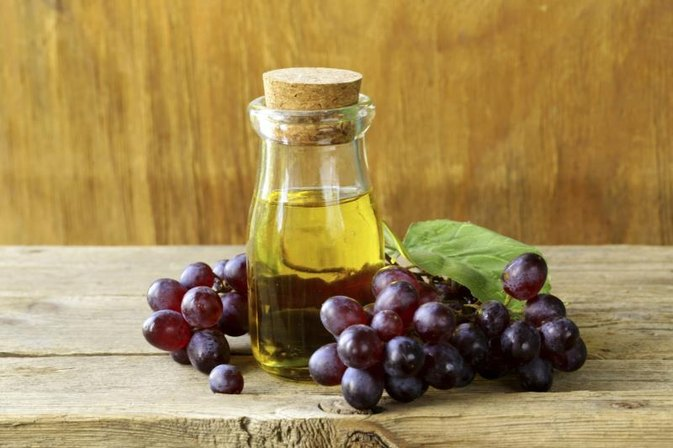 How to Substitute Grapeseed Oil for Vegetable Oil