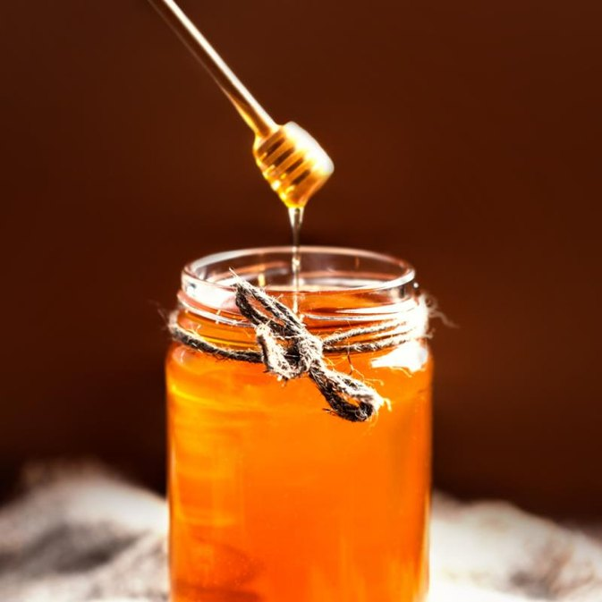 Difference Between Organic & Natural Honey