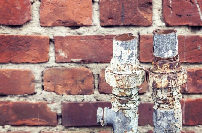 How to Remove Rust From Drinking Water