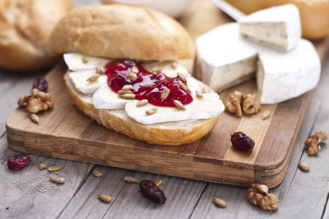 How to Bake Brie With Preserves