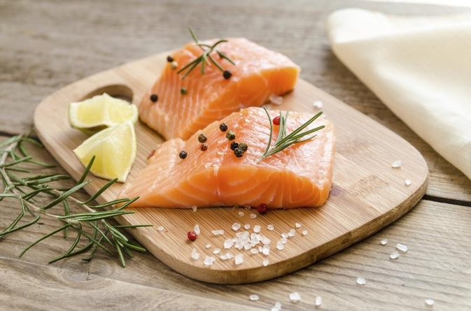 Nutrition Facts of Raw Salmon Without Skin
