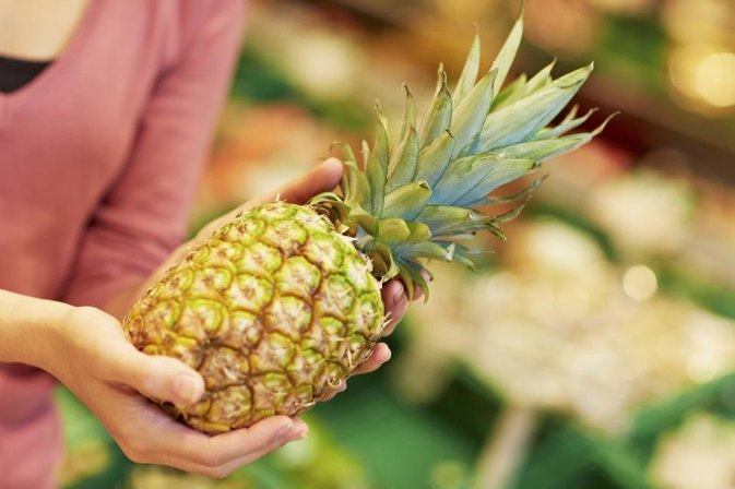 Is Pineapple Good or Bad If You Have Acid Reflux?