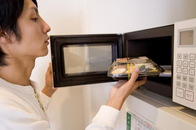 Do Microwave Ovens Kill Food Enzymes?