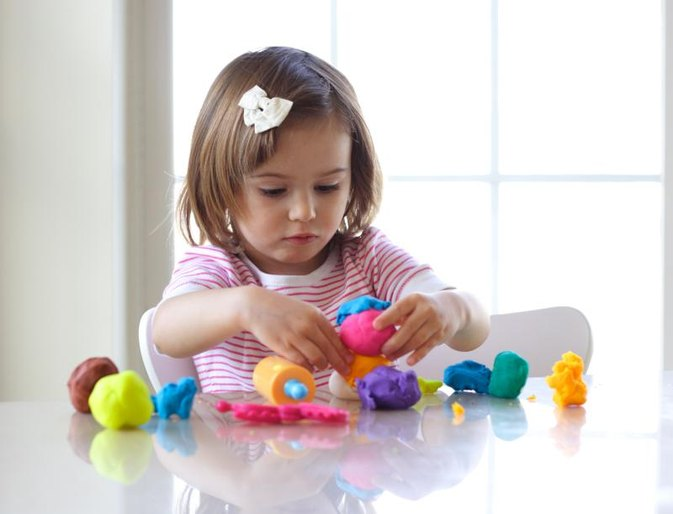 How to Develop Fine Motor Skills in Toddlers
