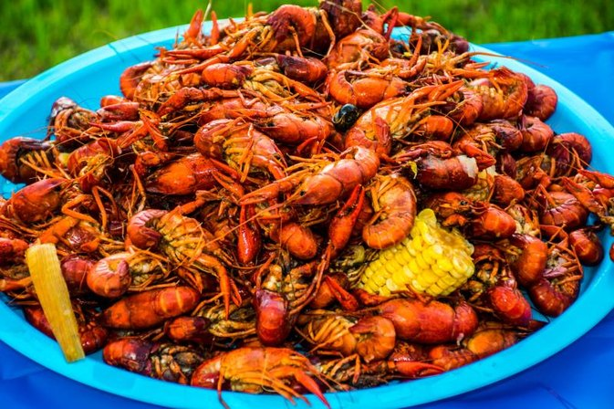 How to Cook & Clean Crawdads