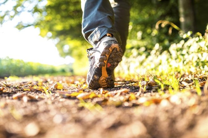The Best Sneakers for Long-Distance Walking