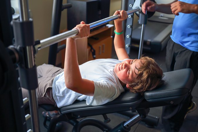 The Average Weight Bench Press for a 15-Year-Old