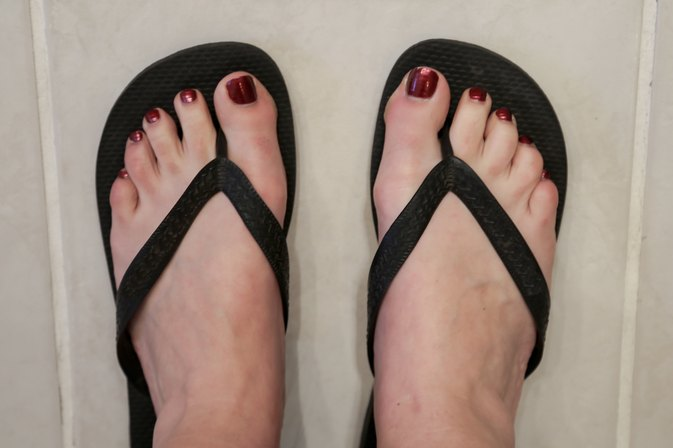 How to Get Rid of Smelly Feet From Sandals