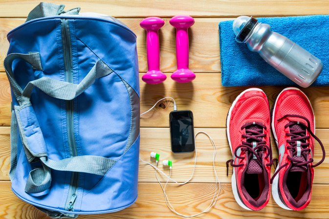 8 Things This Top Trainer Always Brings to the Gym