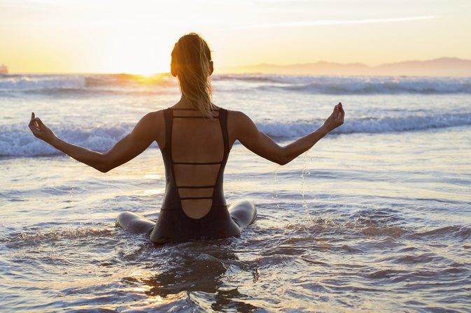 How to Meditate Your Way to a Fit Bod in 2017