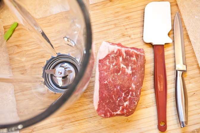 How to Grind Meat in a Blender