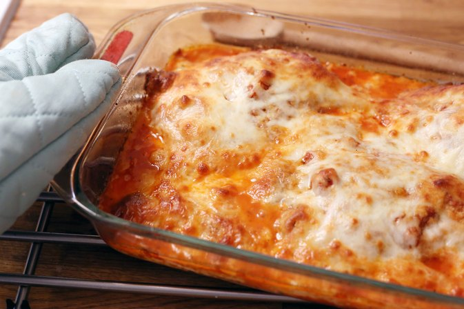 How to Reheat a Pan of Chicken Parmesan