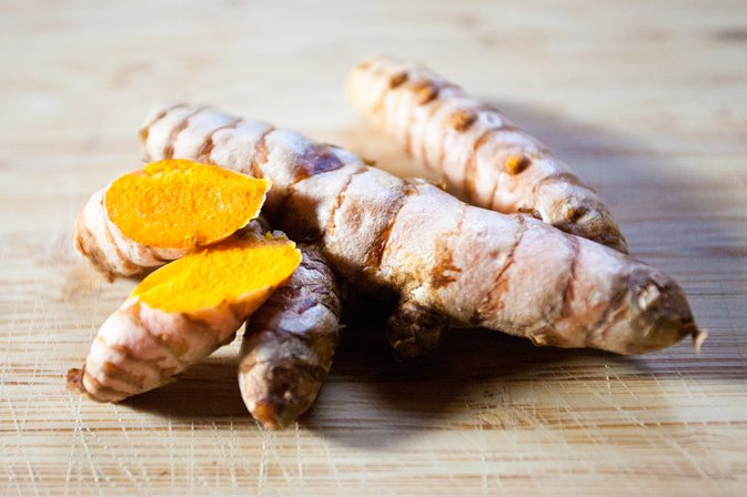How to Use Fresh Turmeric Root Instead of Dried