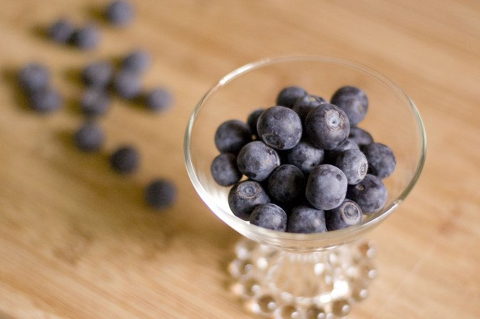 How to Dry or Preserve Blueberries