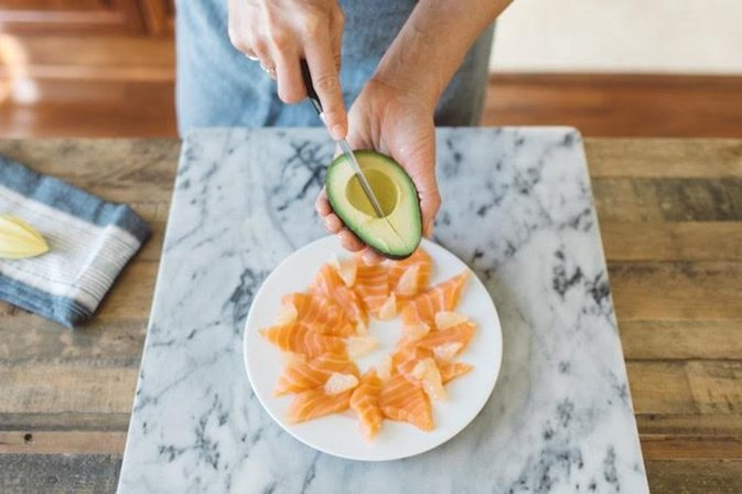 This Easy Salmon Sashimi Dish Will Make You Look Like a Masterchef