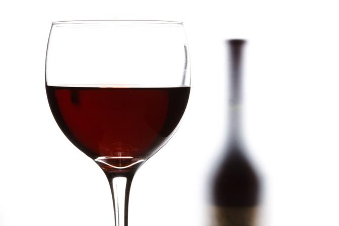 Can Drinking Too Much Red Wine Cause Internal Damage and Rectal Bleeding?