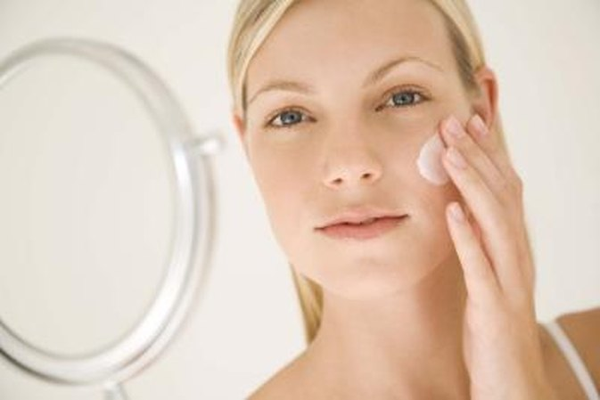 Skin-Care Recommendations for Middle-Aged Women