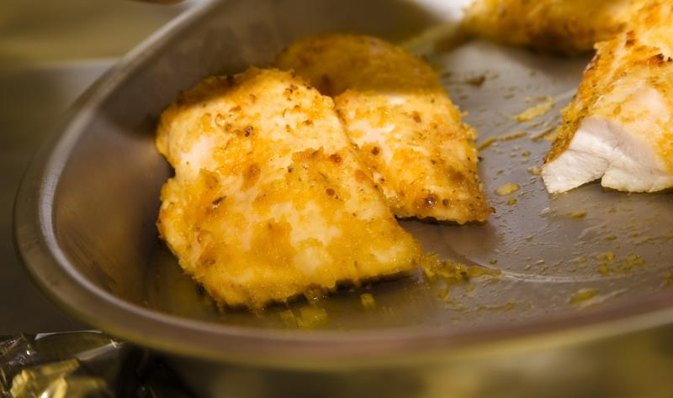 Olive oil instead of egg for breading livestrong com for Frying fish in olive oil