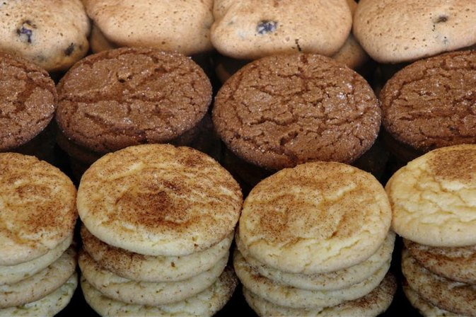 White Sugar vs. Brown Sugar in Cookies
