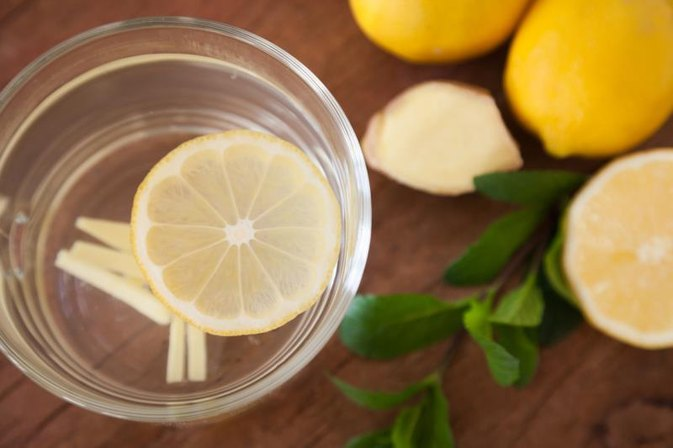How to Use Boiled Lemon to Cure Cold