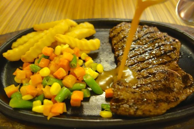 How Many Calories Are in Steak Tips?