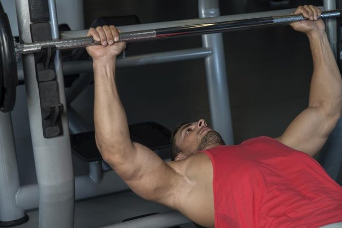 What Is a False Grip With a Barbell?