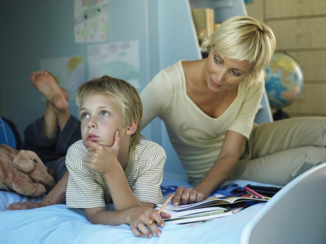 How to Help a Child Academically With Expressive Receptive Disorder