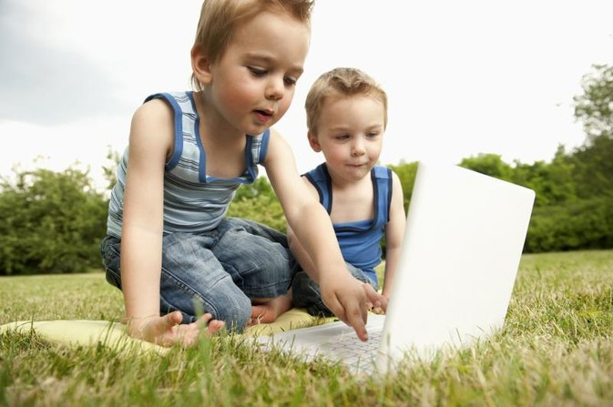 Pros and Cons of Kids Using Computers