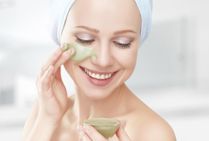 Creams That Relax or Paralyze Skin in the Face