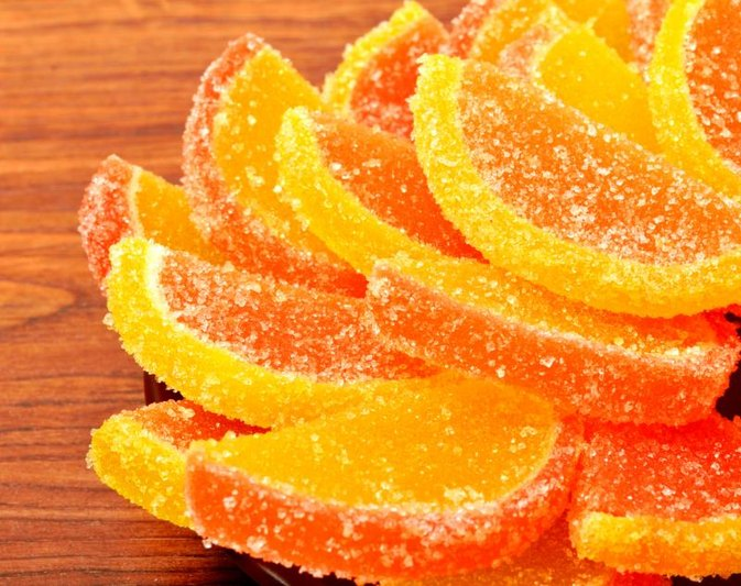 How to Bake Candied Lemon Slices in an Oven