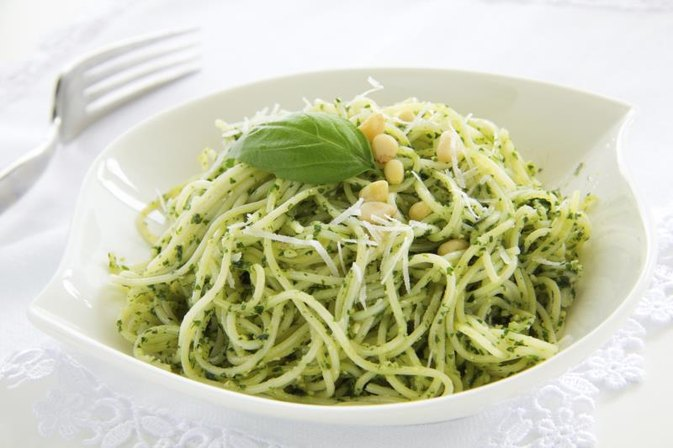 Calories in Pasta With Pesto