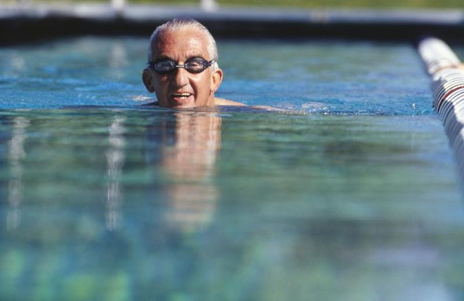 Beginning Weight-Loss Exercises for a 70-Year-Old