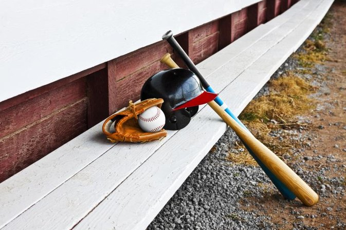 The Best Softball Bats for Cold Weather