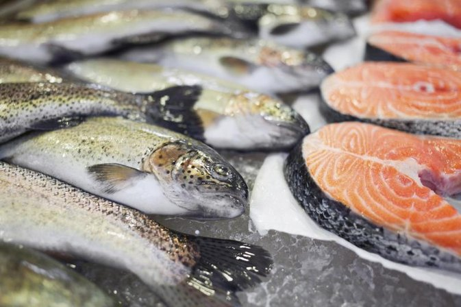 What kind of cold water fish are healthy to eat for Fish with least mercury