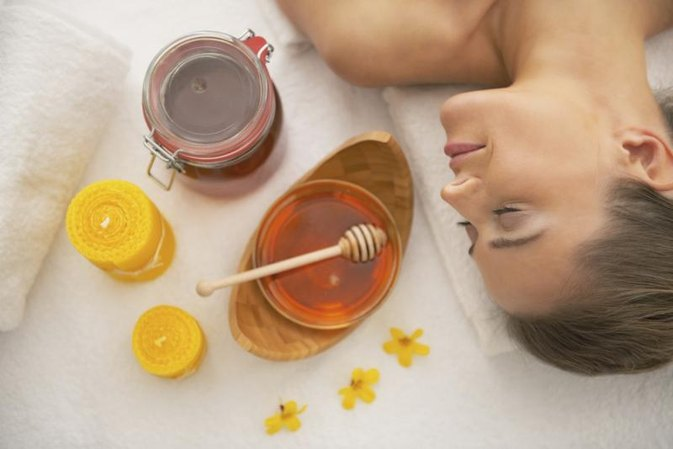 Uses of Honey for Facial Treatments