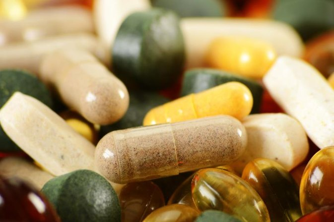 Are There Side Effects of 2,500 Micrograms of Sublingual Vitamin B-12?