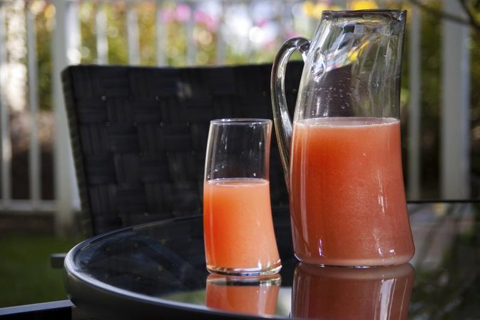 What Are the Benefits of Drinking Ruby Red Grapefruit Juice Before Meals?