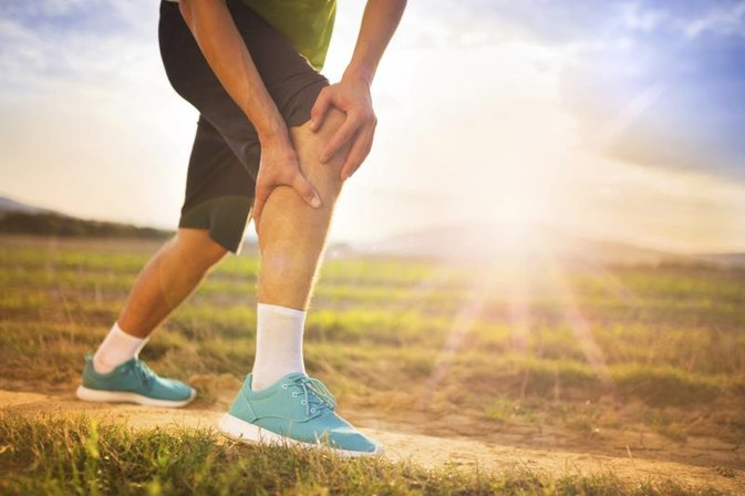 Low-Carb Diets & Muscle Aches in the Legs