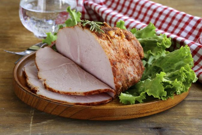 Is a Ham Bad to Eat While Bodybuilding?