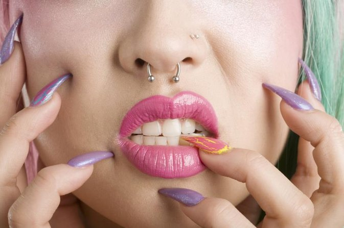 How to Put in a Hoop Nose Ring