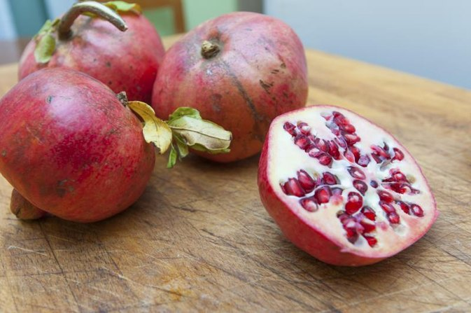 Known Allergic Reactions to Pomegranates