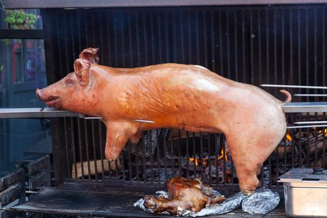 How to Make a Marinade for a Whole Pig
