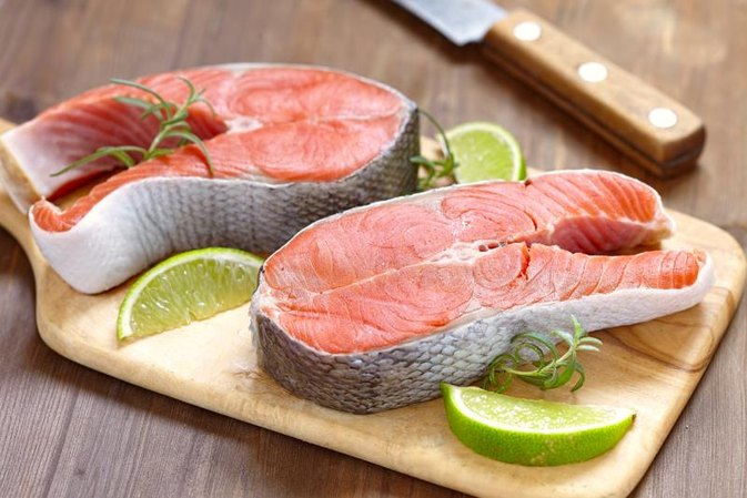 How to cook salmon fillet with the skin on livestrong com for How to cook salmon fish