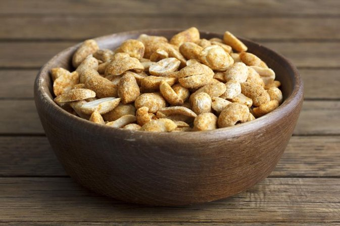 What Vitamins Are in Peanuts?